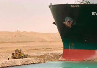Suez: si allungano i tempi per la riapertura